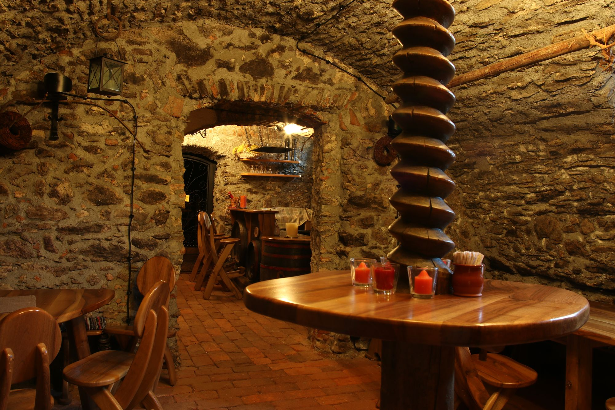 wine-cellar-04